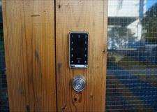 Electronic auto lock