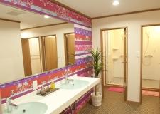 Women's shower rooms