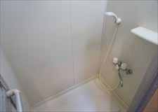 こちらはシャワーのみ。