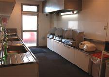 混み合っても心配ない広さのキッチン!