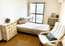 お部屋は5.8~9畳なので、これだけ家具を置いても余裕あり!