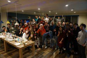 総勢約50人の入居者が集まった昨年2017年のクリスマスパーティー@溝の口