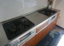 3孔的灶台有2个,大家可以顺畅地做饭。