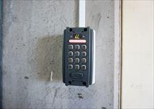 物件入口はオートロック・電子錠なので、セキュリティーも安心◎