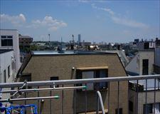 遠くに見えるのが・・・横浜ランドマークタワーです!