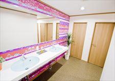 こちらは女性専用シャワー室<男女別々>