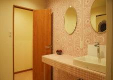かわいい雰囲気のシャワールーム。女性専用です。