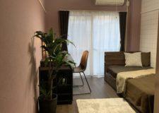 102号室:こだわった家具も備付です。