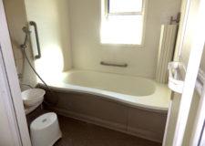 浴室(1階、2階にあります)